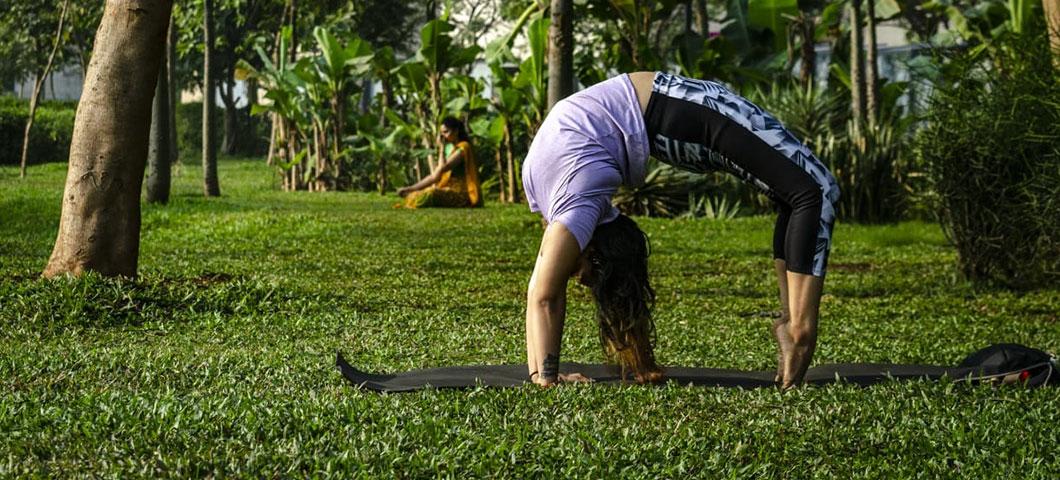 Yoga by the Greens at Lakeshore Greens